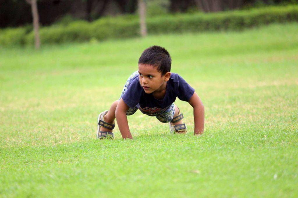 çocuklar için egzersizin önemi görseli