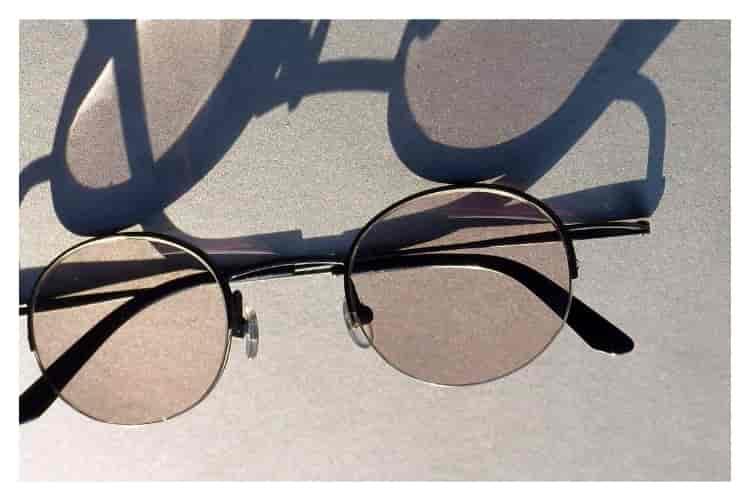 Ağız çalkalama suyu nerelerde kullanılır gözlük camı silme