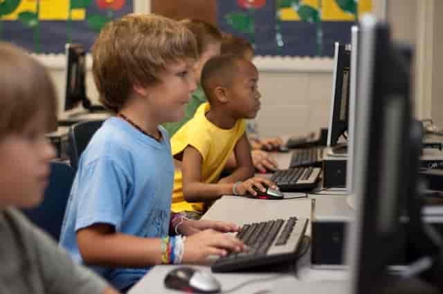 Çocuklarda Kişilik Gelişimi ekran
