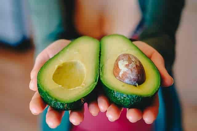 Karaciğeri yenilemek için avokado