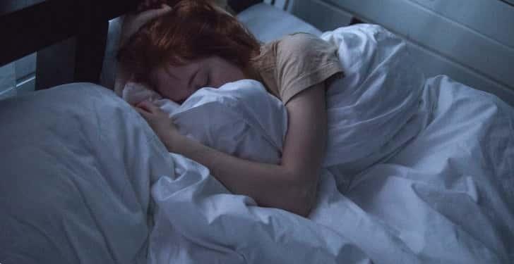 Gece uyurken ağız kuruluğu neden olur