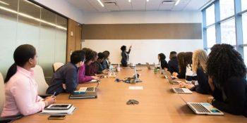 Sosyal Ortamlarda Kişisel Gelişim Faydaları