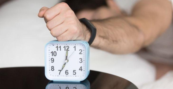 Düzensiz uyku kilo aldırır mı